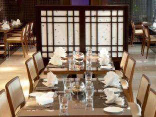 Ramada Downtown Abu Dhabi Abu Dhabi - Restaurant