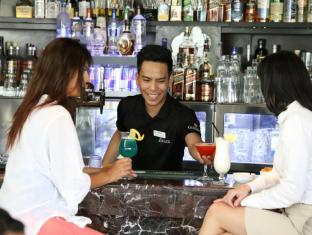 Ramada Downtown Abu Dhabi Abu Dhabi - Pub/Lounge