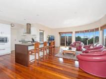 Marriners View Holiday House:
