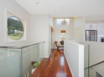 Marriners View Holiday House: interior