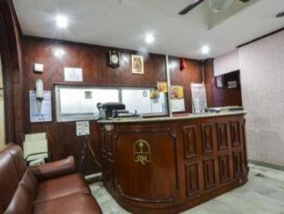 /hotel-maya-deluxe/hotel/hyderabad-in.html?asq=jGXBHFvRg5Z51Emf%2fbXG4w%3d%3d