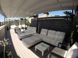 Sensation Sagrada Familia Apartments Barcelona - Pub/Lounge