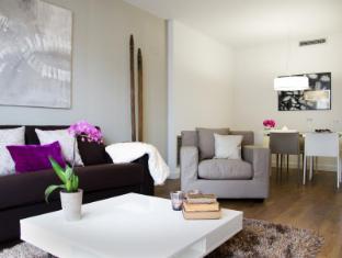Sensation Sagrada Familia Apartments Barcelona - Guest Room