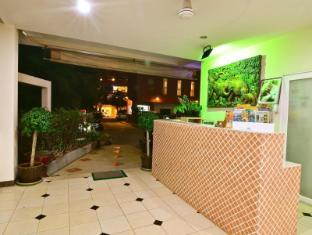 Squareone Phuket - Resepsjon