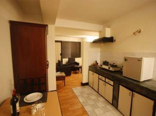 Arcadia Apartment Hotel Kathmandu - Room Kitchen