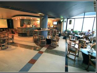 Best Western La Vinci Dhaka - Roof Top Bar