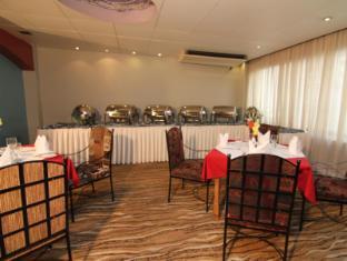 Best Western La Vinci Dhaka - Buffet Breakfast