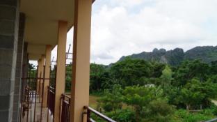 /jammee-guesthouse/hotel/vang-vieng-la.html?asq=Py3O5jaUm0GQIqAITK%2fh5MKJQ38fcGfCGq8dlVHM674%3d
