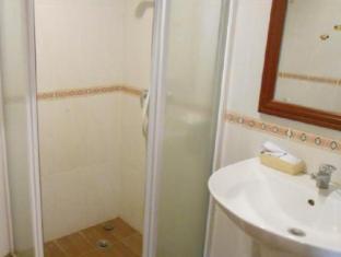 KP Hotel Vientiane - Bathroom