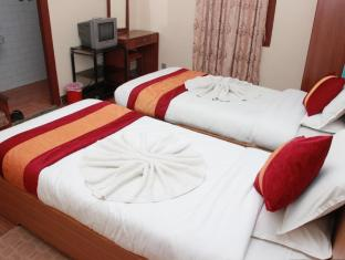 Shree Tibet Family Guest House Kathmandu - Deluxe twin Bed