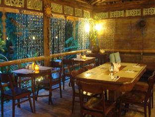 The Sun Villa Resort and Spa Hilltop Boracay Island - Restaurant