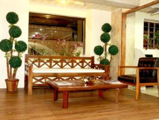 Crosswinds Ocean Hotel Manille - Vestibule