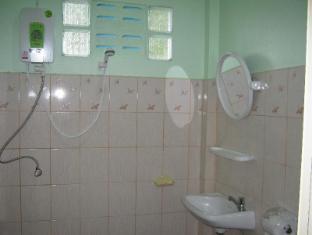 Wangwaree Resort Phuket - Bathroom