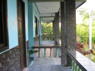 Wangwaree Resort Phuket - Balcony/Terrace