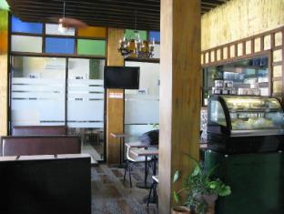 Las Casitas de Angela II Davao - Café