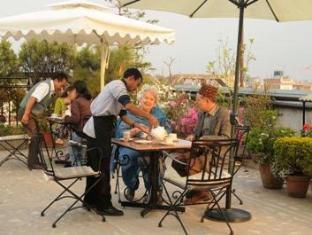 Hotel Excelsior Kathmandu - Rooftop Garden Restaurant