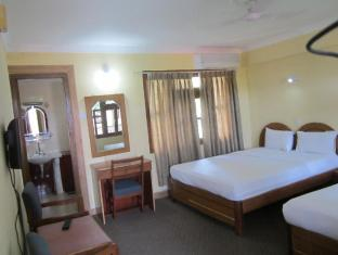 Hotel Wild Life Camp Chitwan - Guest Room