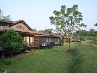 /el-gr/tigerland-safari-resort/hotel/chitwan-np.html?asq=mpJ%2bPdhnOeVeoLBqR3kFsMGjrXDgmoSe14bCm4xMnG6MZcEcW9GDlnnUSZ%2f9tcbj