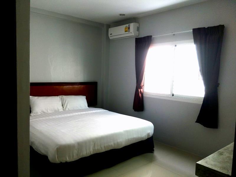 keeta patong beach guesthouse