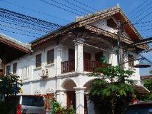 Rattana Guesthouse: exterior