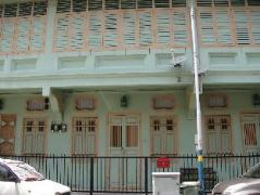 Cheap Hotels in Penang Malaysia | Green House @ Popus