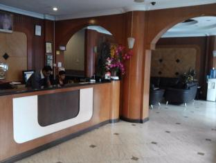 JJ Boutique Hotel Damansara Perdana Kuala Lumpur - Reception