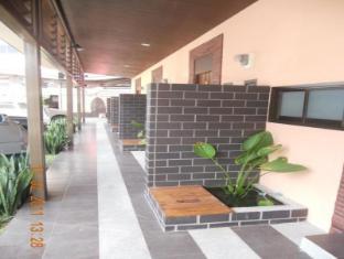 Thana Villa Phūketa - Viesnīcas ārpuse
