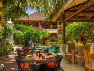 Rama Shinta Hotel Candidasa באלי - מסעדה