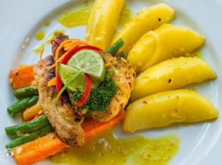 Rama Shinta Hotel Candidasa Bali - Restaurante