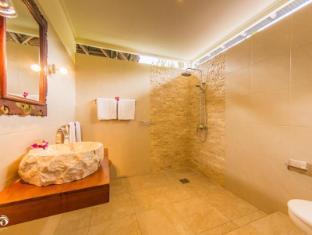 Rama Shinta Hotel Candidasa Bali - Kylpyhuone