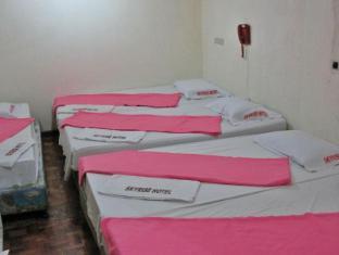 Skyrise Hotel Baguio - Barkada Room