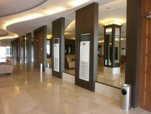 Pamulinawen Hotel Laoag gebied - Hotel interieur