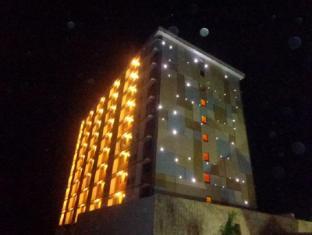 Pamulinawen Hotel Laoag gebied - Hotel exterieur