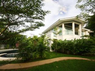 Tamnak Beach House