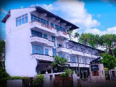 Sanmira Renaissance Hotel | Sri Lanka Budget Hotels