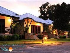Saphli Villa Beach Resort | Chumphon Hotel Discounts Thailand