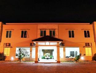 Roemah Moesi Hotel Medan - Hotel Exterior