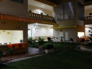 Roemah Moesi Hotel Medan - Exterior