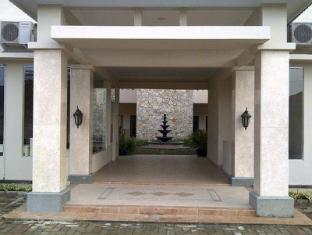 Roemah Moesi Hotel Medan - Entrance