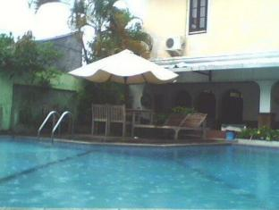 Ananda Hotel Yogyakarta - Swimming Pool
