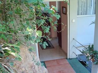 Days Inn-Kandy Kandy - Apartment Exterior