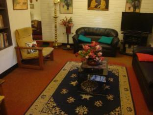 Days Inn-Kandy Kandy - Inside sitting area