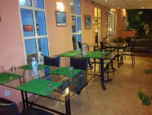 Days Inn-Kandy Kandy - Outside Dining