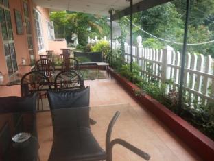 Days Inn-Kandy Kandy - Days Inn outside