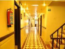 Hotel Satyam Residency: surroundings