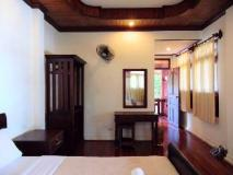 Vongprachan Guest House: guest room