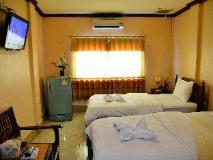 Nakhonesack Hotel III: guest room