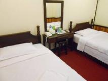 Phouang Champa Hotel: guest room