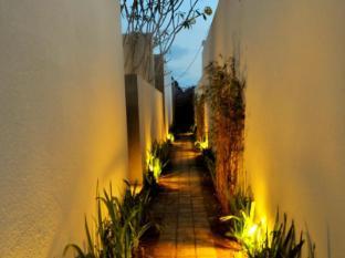 Jas Boutique Villas Bali - Entrance