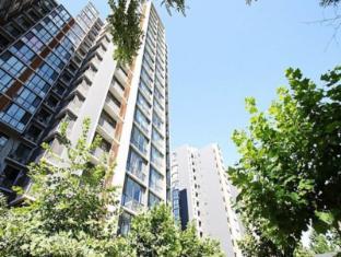 Sun Service Apartment Huamao